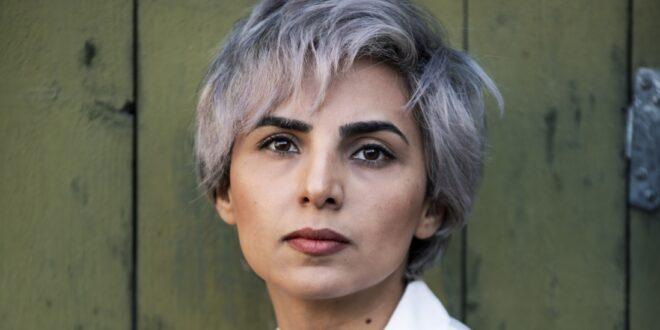 فاطمه اختصاری، شاعر، داستانسرا و ترانهسرا
